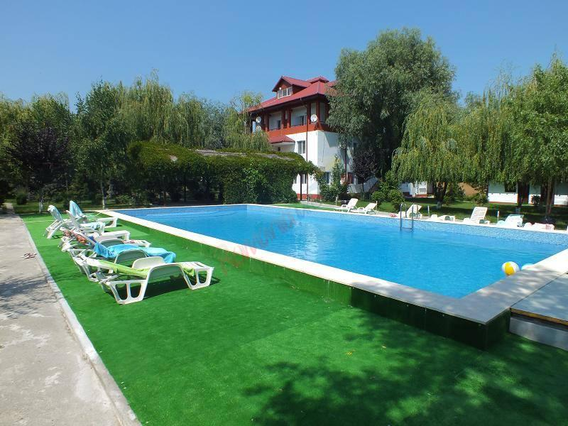TULCEA Oferta Delta Dunarii 2021 -  Gulliver Delta Resort Uzlina