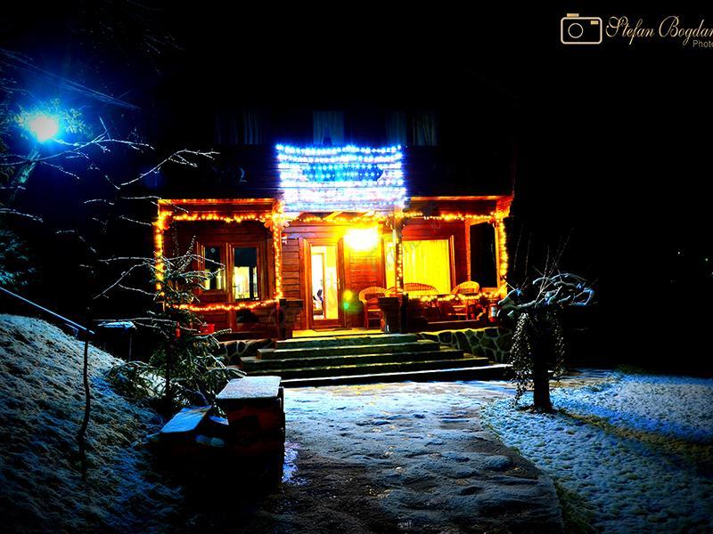 MARAMURES Craciun Traditional in  Tara Maramuresului -  Salistea de Sus