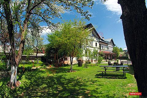 SUCEAVA Oferta Paste 2021 in Bucovina - Pensiunea Casa Calin Vama