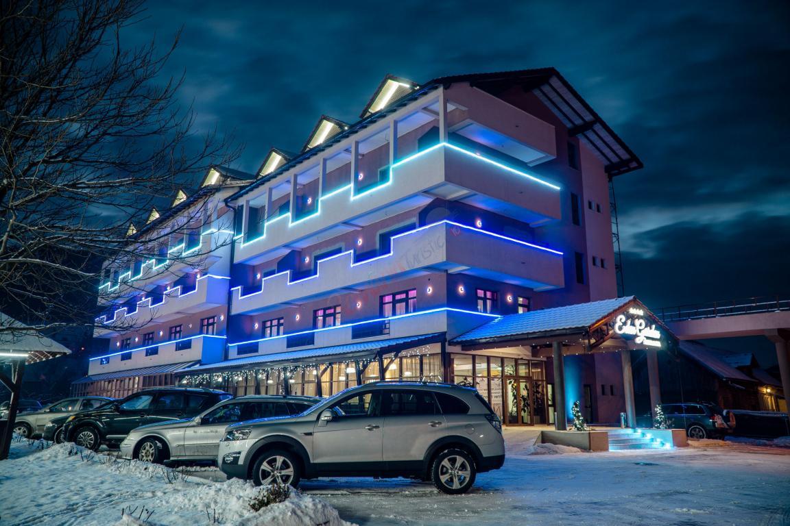 SUCEAVA Revelion 2022 in Bucovina -  Hotel Eden Garden