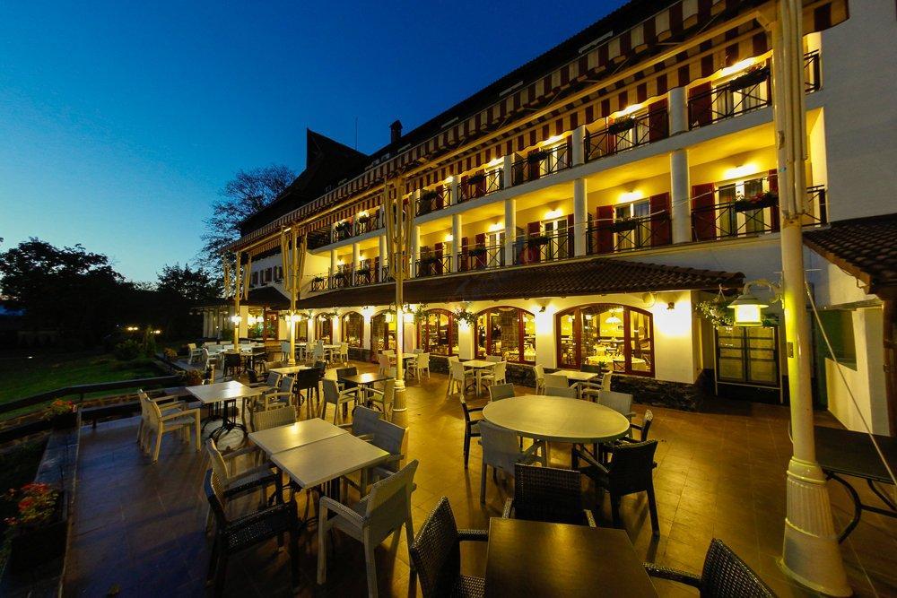 MARAMURES Oferta la Munte 2017 - Hotel Gradina Morii Sighetu Marmatiei
