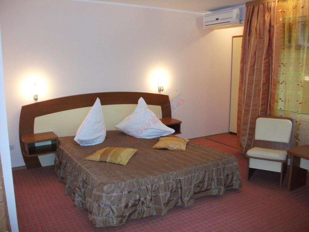 CONSTANȚA Oferta Litoral 2017 - Hotel Adria - Saturn