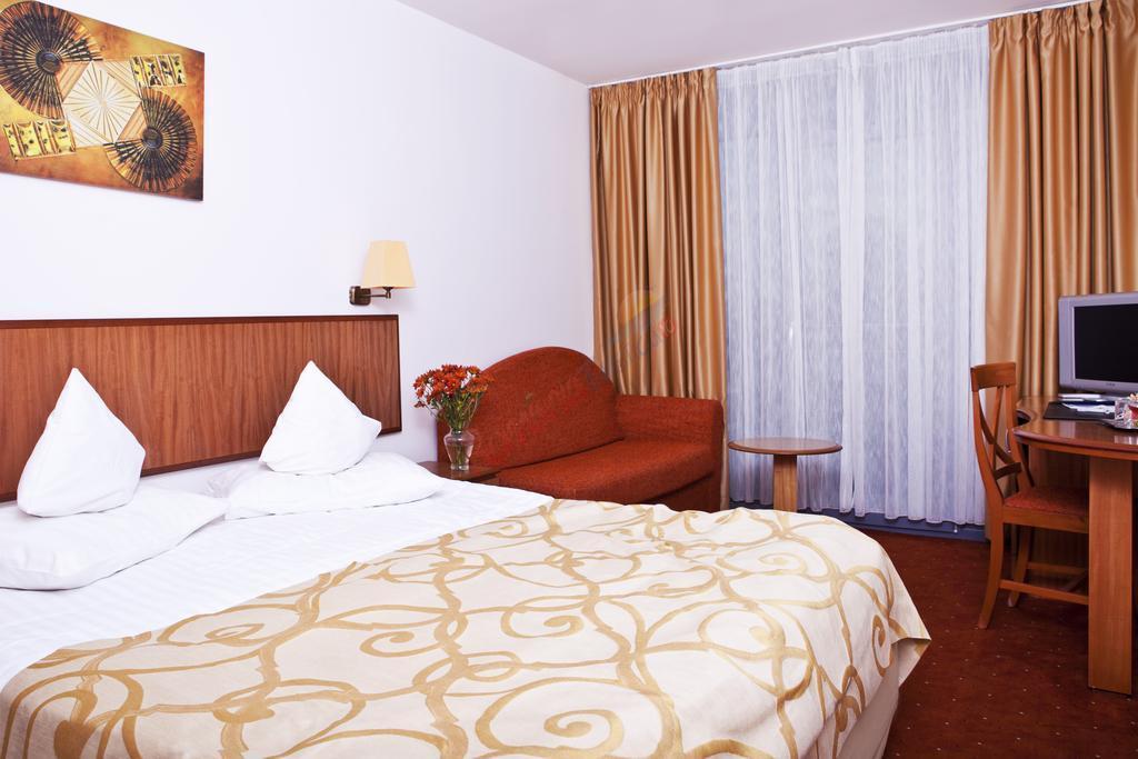 CONSTANȚA Oferta Litoral 2018 - Hotel Cleopatra - Saturn