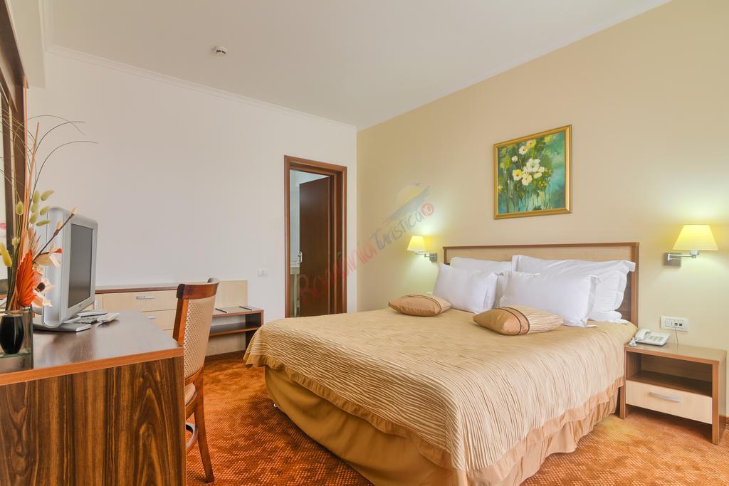 CONSTANȚA Oferta Litoral 2018 - Hotel Saturn - Saturn