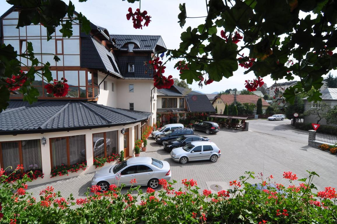 SUCEAVA Oferta Paste 2020 in Bucovina - Hotel Cosmos Campulung Moldovenesc