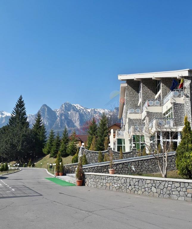 PRAHOVA Oferta la Munte 2020 - Hotel Alexandros Busteni