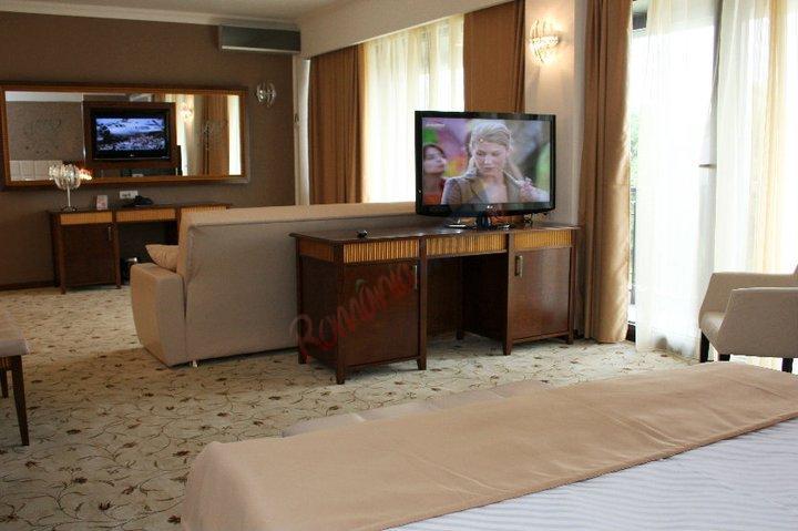 BIHOR Craciun 2018 - Hotel President Baile Felix
