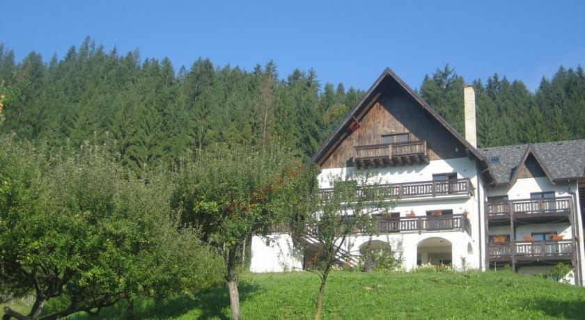 SUCEAVA Oferta la Munte 2019 - Pensiunea Bucovina Lodge Vama
